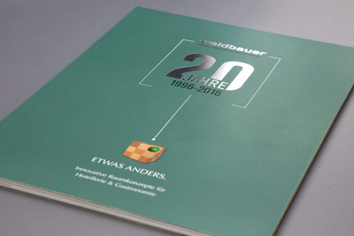 Waldbauer Jubiläumsbroschüre 20 Jahre | Agentur Ritter