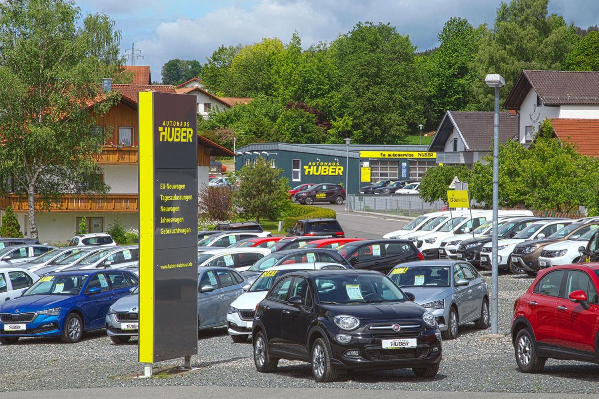 Autohaus Huber Beschriftung | Werbeagentur Ritter